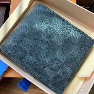 Louis Vuitton Men's Wallet with zippy coin holder